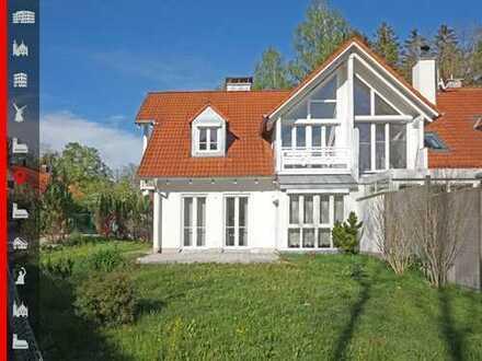 Neuwertige Doppelhaushälfte in ruhigem und vertrautem Wohnumfeld