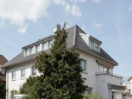 Schöne, kernsanierte 4-Zimmer DG Whg. Stuttgart-Gänsheide