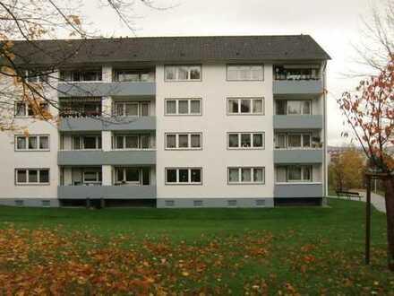 Die Gelegenheit in Altenbauna, 3 Zimmer, Küche, Bad, Balkon, Loggia, Abstellkammer