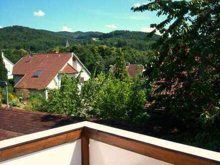 Sonnendurchflutete, zum Garten gelegene 4,5 Zimmermaisonette-Wohnung in Bollschweil