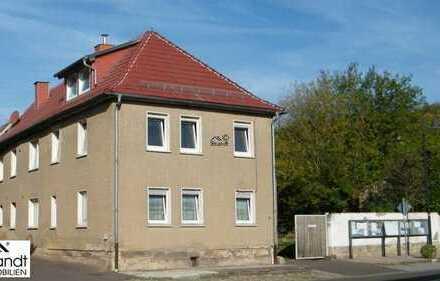 Großzügiges Wohnhaus in guter Lage mit Einligerwohnung und Garten