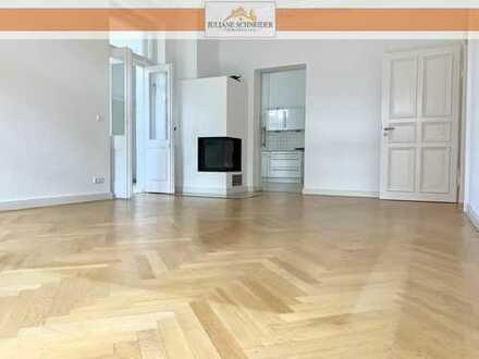RESERVIERT – Etagenwohnung mit herrschaftlichen Räumen, Balkon, Loggia, Wintergarten, Stellplatz