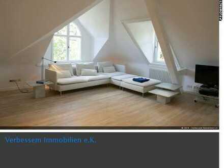 Renovierte Top-2 Zimmer-Wohnung mit Lift direkt am Kurpark in Wiesbaden