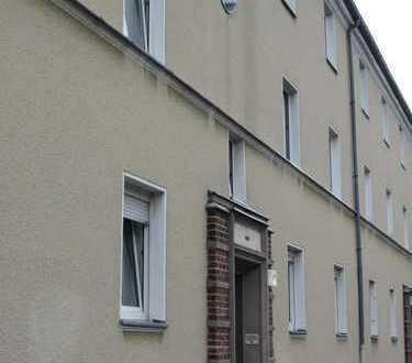 Komplett modernisiert in solider Wohngegend