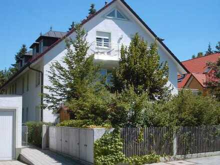 Exclusive 2 Zimmer DG Wohnung mit Galerie, zum 01.05.2020 in München Laim