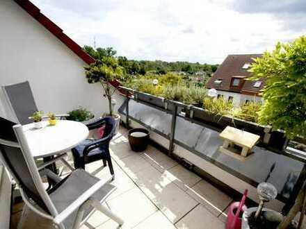 Pendler aufgepasst!!3-Zim.-Whg. mit Balkon, saniertem Gäste-WC und Duschbad, Aufzug u. TG-Stellplatz