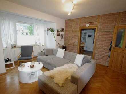 Moderne, gemütliche 3-Zimmer-Wohnung mit Dachterrasse in verkehrsgünstiger Lage