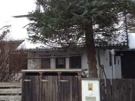 1,5 Zimmer Dachgeschoß-Whg. mit Südbalkon, abs. ruhig in 2 Familienhaus