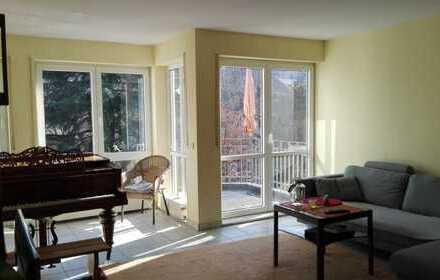 Mitten in der Stadt wohnen und doch Ruhe genießen: moderne 3-ZKB-Wohnung mit Balkon in Lahnstein