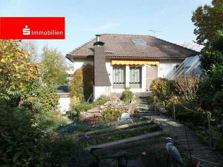Freisthehendes Einfamilienhaus in zentraler Lage von Hofheim