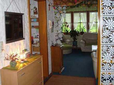 Ansprechende 4-Zimmer-Maisonette-Wohnung mit Balkon in Oy-Mittelberg