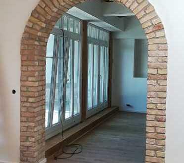 Exklusives 4 Zimmer Dachgeschoss mit Balkon und Dachterrasse in der Tabakfabrik