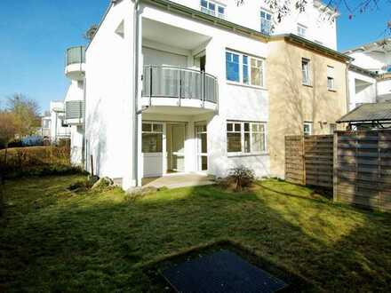 Elegante und charmante Wohnung mit wundervollem Garten!
