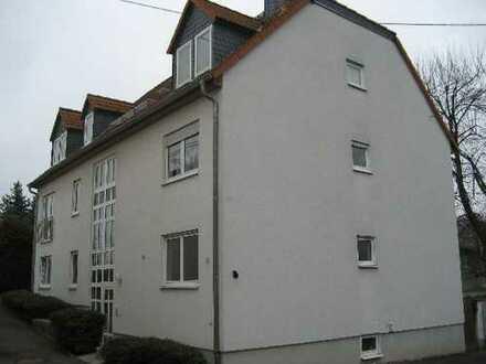 Gepflegte 2,5-Zimmer-DG-Wohnung mit Balkon und EBK in Wiesbaden-Igstadt