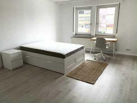 Frisch renoviertes & möbliertes WG-Zimmer in Zuffenhausen!!