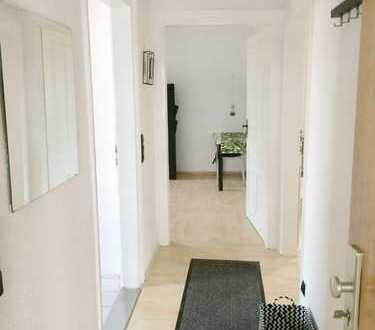 Möblierte Zimmer in zentraler Lage zu vermieten