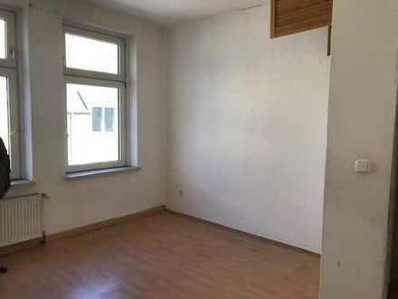 Gut geschnittene 3 Zimmer Wohnung im Zentrum