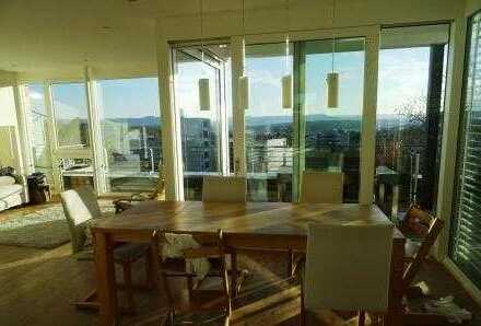 Echte Penthouse-Wohnung mit Traumblick und sehr guter Ausstattung