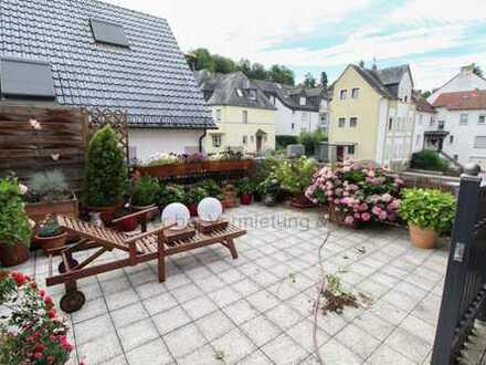 Fast vollvermietetes MFH am Rheinufer in Koblenz/Pfaffendorf