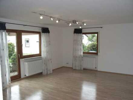 1 Zimmer Wohnung mit Küchenzeile und Duschraum