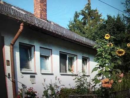 Freistehendes 2-Familienhaus mit Einligerwohnung in Mühlacker-Lienzingen zu verkaufen