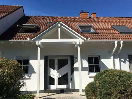 Vollständig renoviertes 6- Zimmer-Reihenhaus mit EBK in St. Ingbert