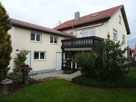 -- RESERVIERT--Zweifamilienhaus, 175 m², 7,5 Zimmer, 615.000 €