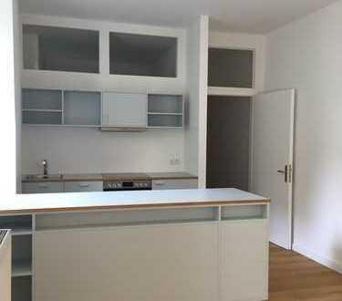 Von privat // 2-Zi.-Wohnung mit Terrasse, Garten und Wannenbad in Berlin Prenzlauer Berg