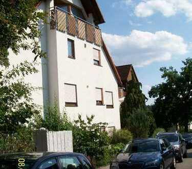 Schöne, sonnige 4,5- Zimmer Wohnung in Renningen-Malmsheim