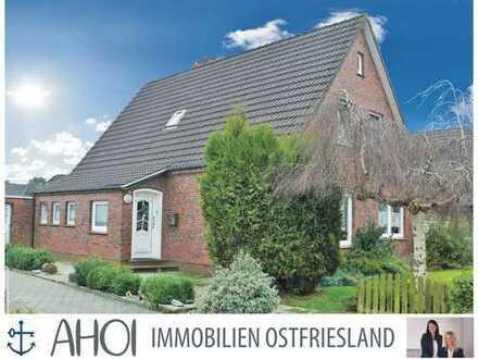 Haus mit Doppelgarage und großem Garten in schöner Lage in Hage