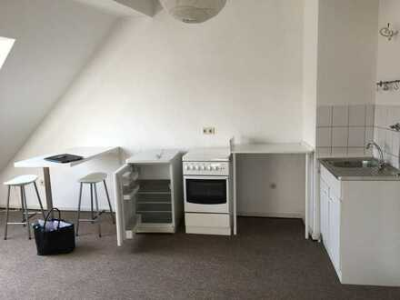 1-Zi.Single-Appartment mit Küche, ab sofort frei!