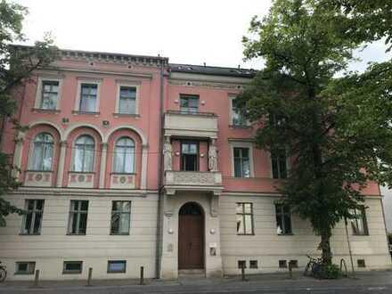 Kapitalanlage nahe Jägertor! Denkmalgeschützter Altbau gegenüber des Landgerichts!