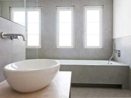 Wunderschöne , moderne 4 Zi.-Wohnung mit EBK