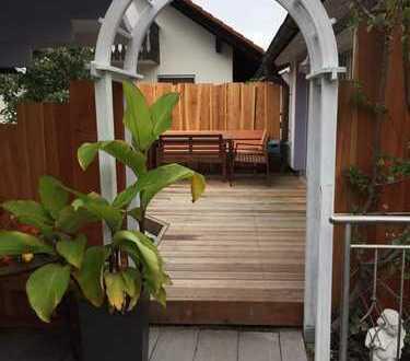 Großzügiges Einfamilienhaus mit kleinem Gartenidyll in Neufahrn