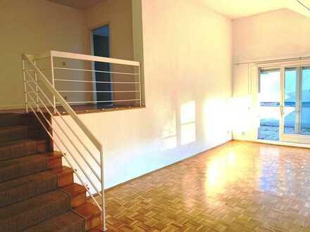 Grunewald/Roseneck: charmante und sonnige Dachgeschoss-Maisonette mit zwei Terrassen, provisionsfrei