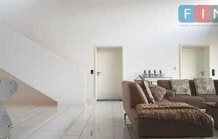 Exklusive, moderne und avantgardistische Villa in zentraler Lage!