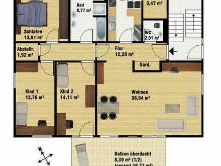 Großzügige 4-Zimmer-Wohnung mit Balkon.