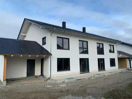 Neubau! Attraktive Doppelhaushälfte mit hochwertiger Ausstattung
