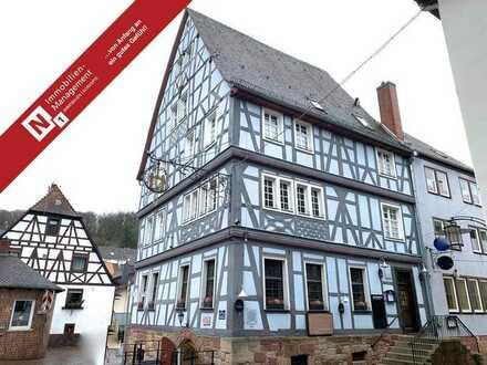 Historisches Fachwerkgebäude mit Gastronomie- und Hotelbetrieb im Zentrum Otterbergs