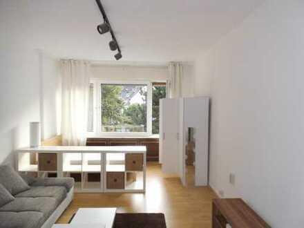 Renovierte, helle 1-Zimmer-Wohnung mit Einbauküche in Dortmund