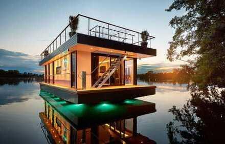 LUXUS Hausboot - 2 Etagen - 100m² SONNENTERRASSE - 70 m² Wohnen - Kamin, Sauna, komplett individuell