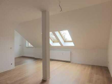 Tolle Dachgeschoss-Wohnung mit Einzugsbonus