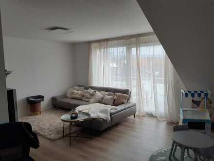 Neuwertige 2,5-Zimmer Wohnung 84 m² mit Einbauküche und Balkon in Bempflingen Esslingen (Kreis)
