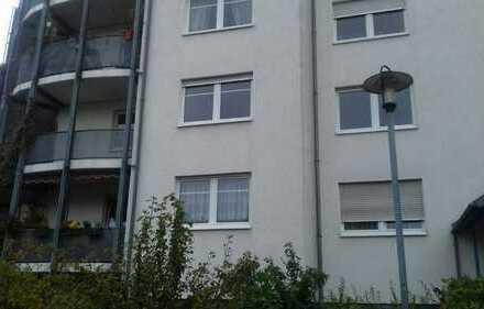 Attraktive, gepflegte 3-Zimmer-Wohnung mit Balkon und Tiefgaragenstellplatz in Bernau,provisionsfrei
