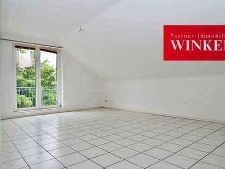 RENOVIERT! 3-Zimmerwohnung mit Balkon, Fußbodenhzg. und Tiefgaragenstellplatz in Frechen