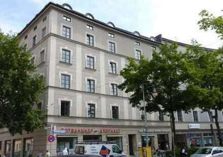 2,5-Zimmer Dachgeschoß-Wohnung mit Wohnküche in saniertem Altbau Haidhausen