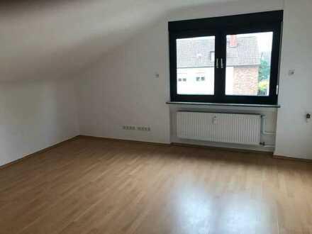 Renovierte, helle 3-Zimmer Dachgeschosswohnung in Mainz
