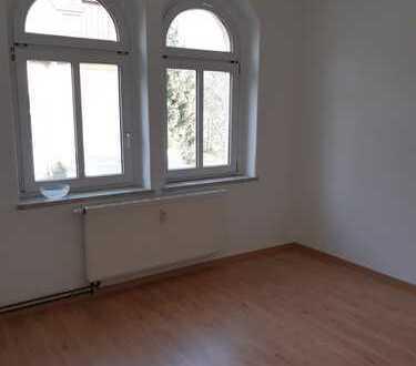 Günstige, modernisierte 2-Zimmer-Wohnung zur Miete in Hartenstein