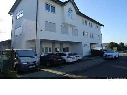 Büro-/Wohngebäude mit Produktions-/Lagerflächen in Rodgau zu verkaufen