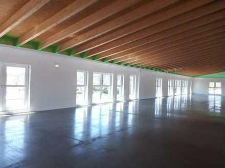 Praxis, Schulungsraum, Büro....Erstbezug Neubau, ca. 220 qm barrierefrei, zahlreiche Parkplätze